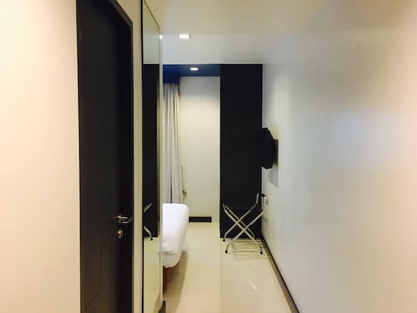 FX ホテル メトロリンク マッカサン(FX Hotel Metrolink Makkasan)の客室1