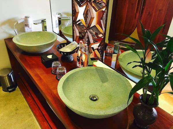 ゴールデン テンプル ブティック (Golden Temple Boutique)の洗面台