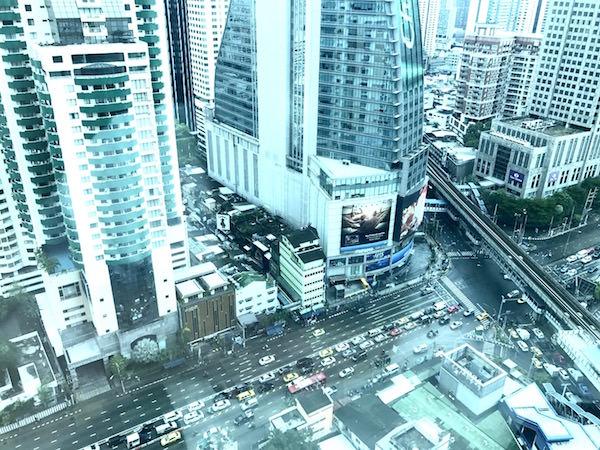 グランド センター ポイント ホテル ターミナル 21 (Grande Centre Point Hotel Terminal 21)の客室から見える景色