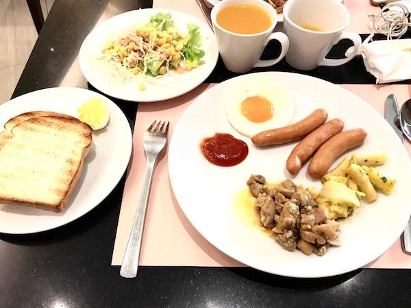 グランド センター ポイント ホテル ターミナル 21 (Grande Centre Point Hotel Terminal 21)の朝食