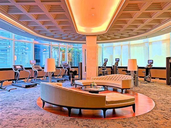 グランデセンターポイントホテルターミナル21(Grande Centre Point Hotel Terminal 21)のフィットネスジム