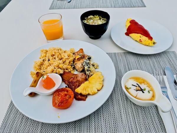 グランデ センター ポイント パタヤ(Grande Centre Point Pattaya)の朝食