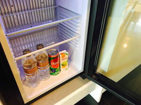 グランデ センター ポイント スクンビット 55 トンロー (Grande Centre Point Sukhumvit 55 Thong Lo)の冷蔵庫