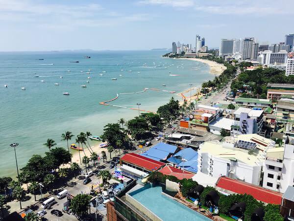 ヒルトン パタヤ (Hilton Pattaya)のバルコニーテラスから見える景色