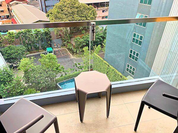 ホテル アンバーパタヤ(Hotel Amber Pattaya)の客室バルコニー