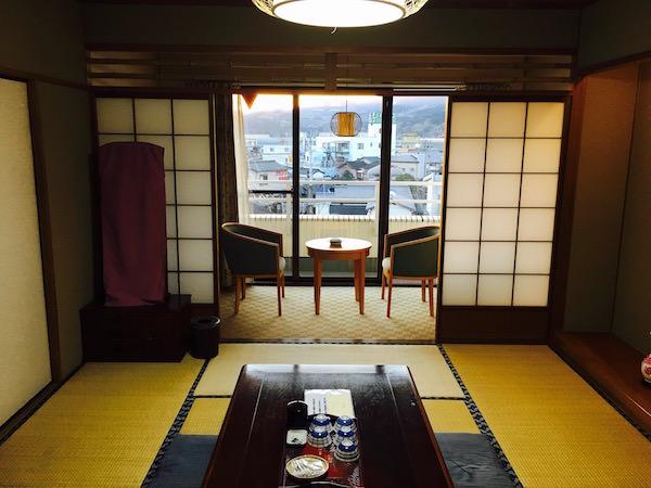 旅館の客室1