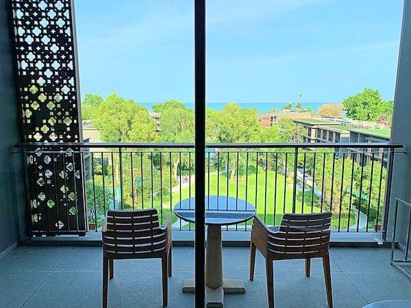 ホアヒン マリオット リゾート アンド スパ(Hua Hin Marriott Resort and Spa)のバルコニー