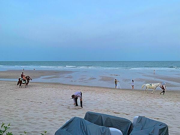 ホアヒン マリオット リゾート アンド スパ(Hua Hin Marriott Resort and Spa)から見えるホアヒンビーチ