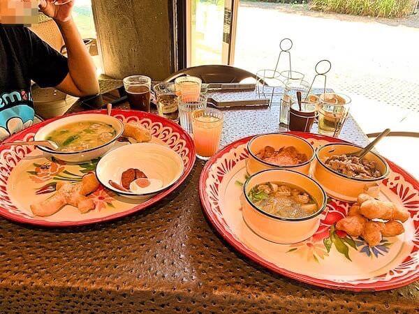 インチャントリードゥープール(inchantreedoopool)の朝食