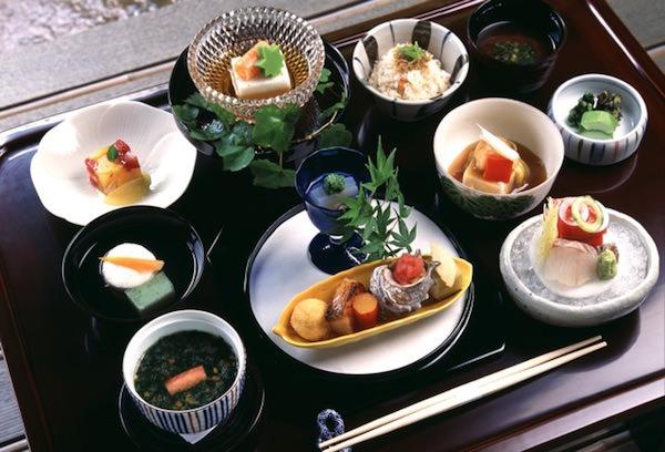 和食の配膳