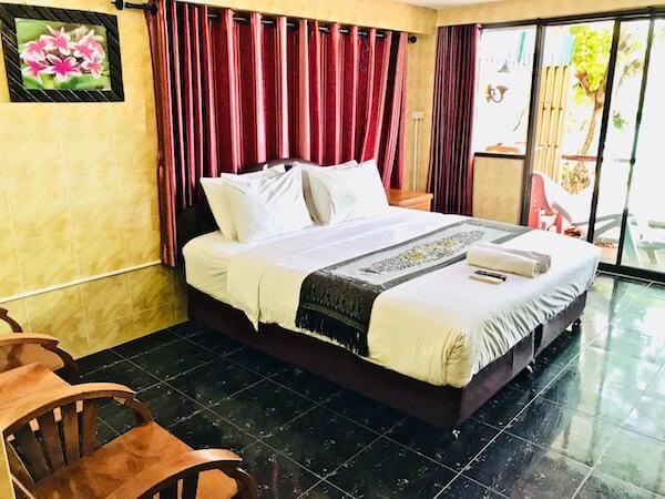 ジラワン ホテル (Jirawan Hotel)の客室1