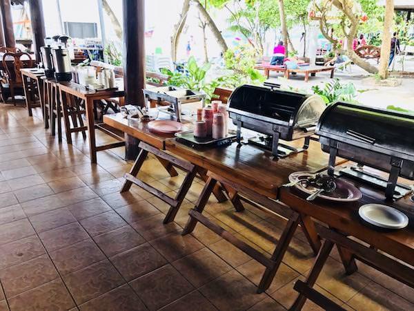 ジラワン ホテル (Jirawan Hotel)の朝食会場