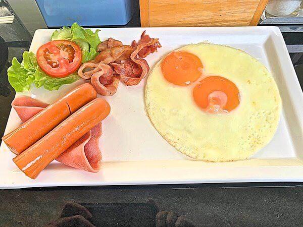 カルム バーンセーン ホテル(Kalm Bangsaen Hotel)の朝食