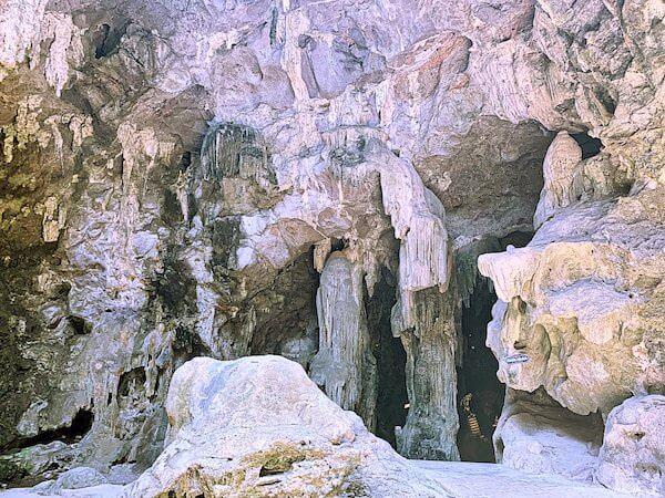 カオルアン洞窟の鍾乳石