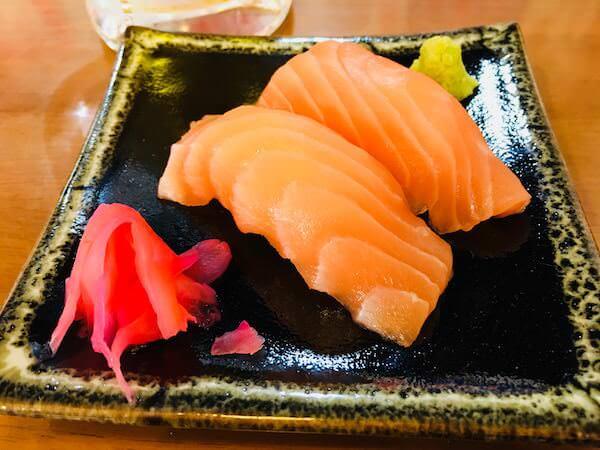 Nipponn Ichiban(日本一番)のサーモン寿司