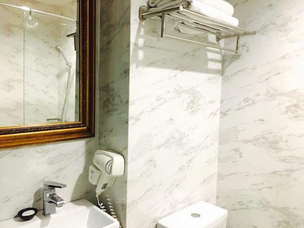 カオサン パレス ホテル(Khaosan Palace Hotel)のシャワールーム1