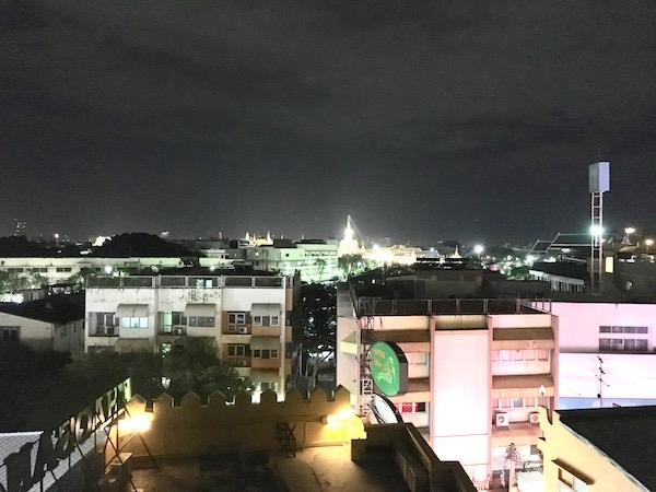 カオサン パレス ホテル(Khaosan Palace Hotel)のプールから見える景色