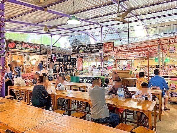 クローンラットマヨム水上マーケットの飲食店エリア2