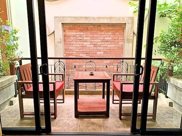 クメール マンション レジデンス(Khmer Mansion Residence)の客室バルコニー