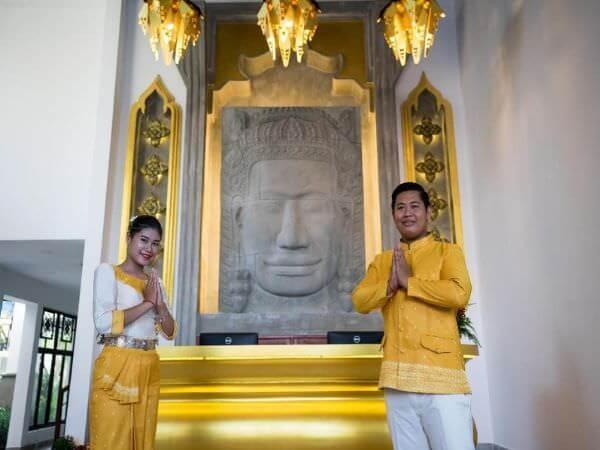 クメール マンション レジデンス(Khmer Mansion Residence)のスタッフ