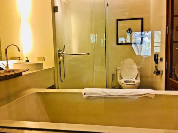キリマヤ ゴルフ リゾート スパ(Kirimaya Golf Resort Spa)のバスルーム1