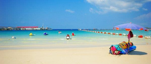 ラン島の海