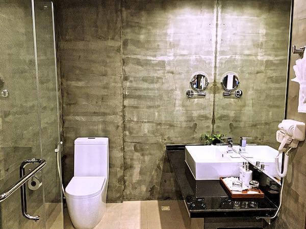 クーレン ホテル (Koulen Hotel)のシャワールーム1