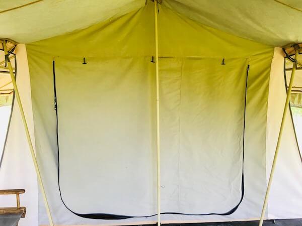 ララ ムクハ テンティッド リゾート カオヤイ(Lala Mukha Tented Resort Khao Yai)のテントを閉じた状態