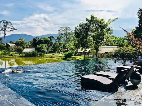 ララ ムクハ テンティッド リゾート カオヤイ(Lala Mukha Tented Resort Khao Yai)のプール