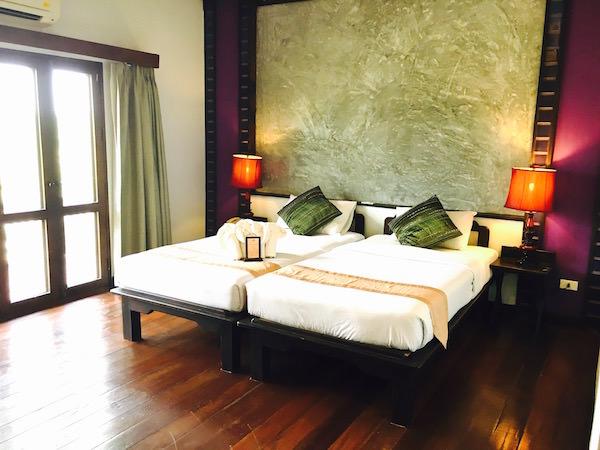 レゲンハ スコータイ ホテル (Legendha Sukhothai Hotel)のベッド