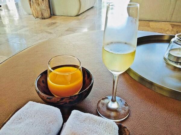 レッツ シー フアヒン アルフレスコ リゾート(Let's Sea Hua Hin Al Fresco Resort)のウェルカムドリンク