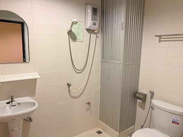 ロッジ 61 ホテル(Lodge 61 Hotel)のシャワールーム