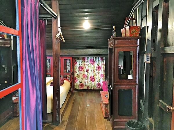 ロイラロンホテル(Loy La Long Hotel)の客室1