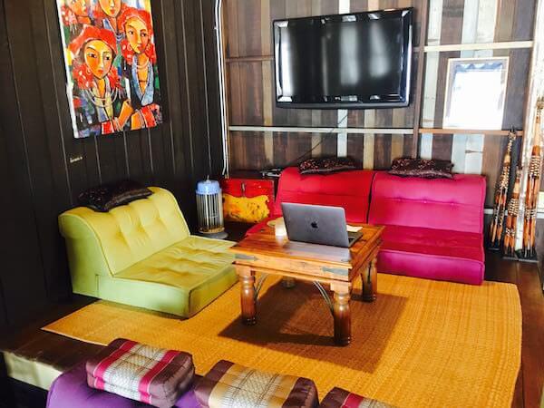 ロイ ラ ロン ホテル (Loy La Long Hotel)1階の共用部3