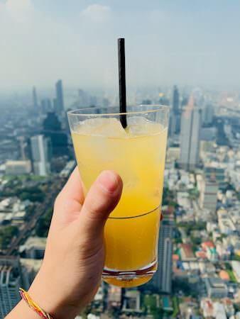 マハナコンタワーの展望台で飲んだジュース