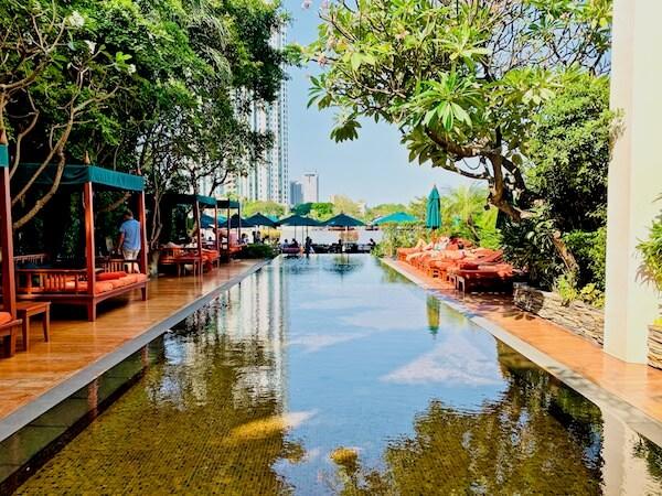 マンダリン オリエンタル バンコク(Mandarin Oriental Bangkok)のインフィニティプール