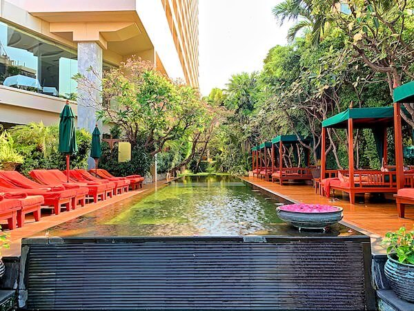 マンダリン オリエンタル バンコク(Mandarin Oriental Bangkok)のプール