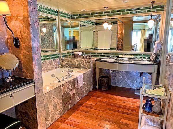 マンダリン オリエンタル バンコク(Mandarin Oriental Bangkok)の客室バスルーム