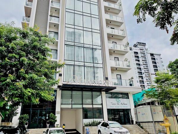 マンション 51 ホテル&アパートメント(Mansion 51 Hotel & Apartment)の外観
