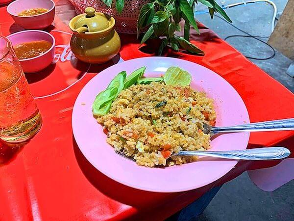 ミダ ホテル ドンムアン エアポート バンコク(Mida Hotel Don Mueang Airport Bangkok)前のナイトマーケットで食べたカオパッド