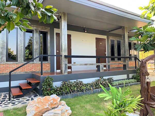 ミッドタウン スコータイ(Midtown Sukhothai)の客室棟入り口