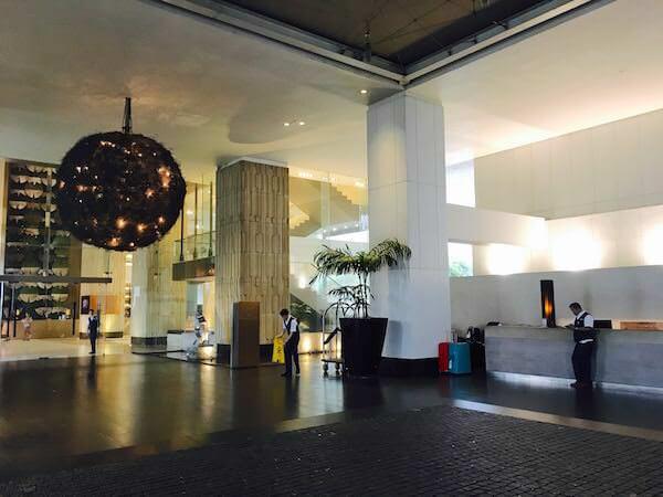 ミレニアム ヒルトン バンコク(Millennium Hilton Bangkok)のタクシー乗り場