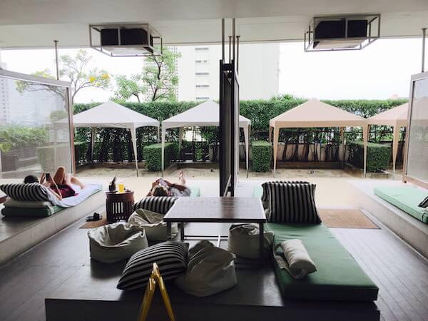 ミレニアム ヒルトン バンコク(Millennium Hilton Bangkok)のプール3