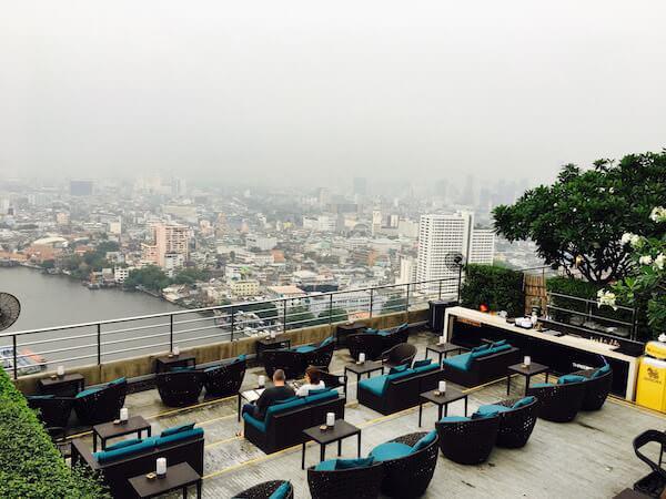 ミレニアム ヒルトン バンコク(Millennium Hilton Bangkok)のスカイバー1