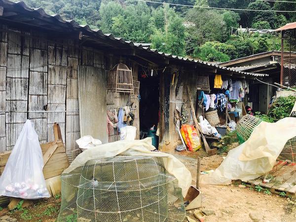 モン族の集落