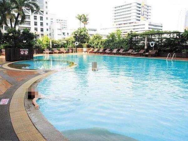 ノボテル バンコク オン サイアム スクエア(Novotel Bangkok On Siam Square Hotel)のプール