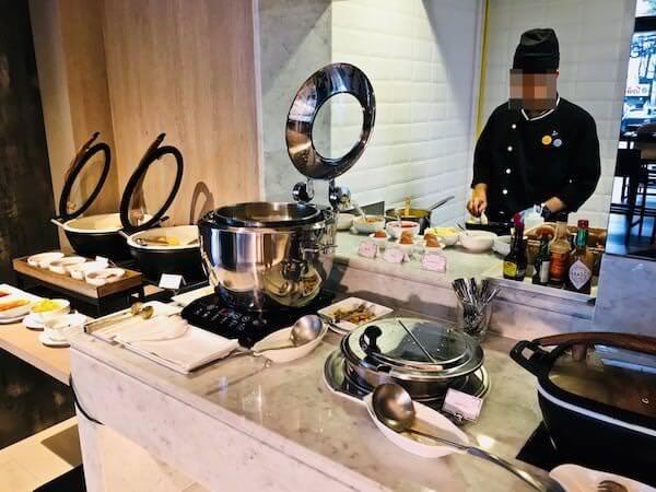 ノボテル バンコク スクンビット4 (Novotel Bangkok Sukhumvit 4)の朝食会場2