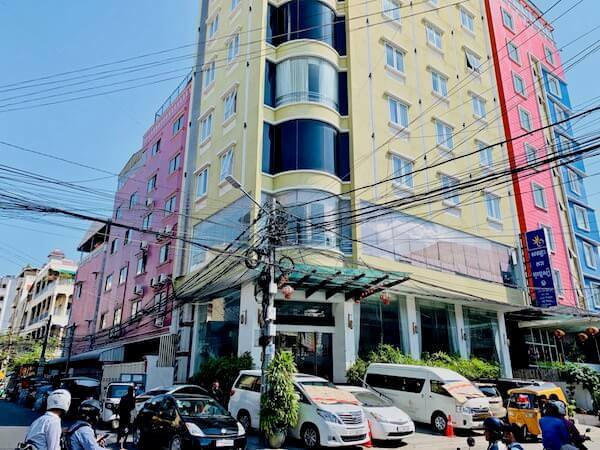 オルセー ワン ホテル&アパートメント(Orussey One Hotel & Apartment)の外観