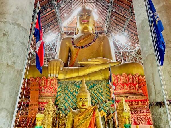 ウドン遺跡の仏像