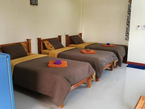 P アンド P プレイス アパートメント カンチャナブリー (P and P Place Apartment Kanchanaburi)のトリプルルーム